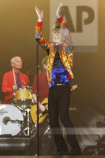 The Rolling Stones in Concert- New Jersey - Night Two