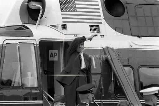 Associated Press Domestic News Dist. of Columbia United States NIXON FAREWELL