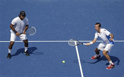 Radek Stepanek, Leander Paes