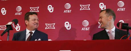 Bob Stoops, Lincoln Riley