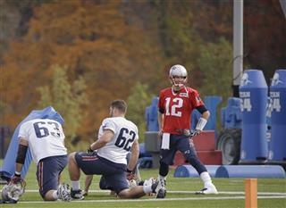 Tom Brady, Ryan Wendell, Dan Connolly