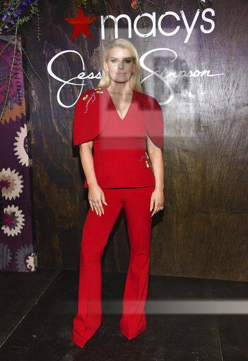 Jessica Simpson Appearance at Macy's