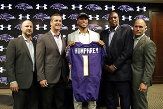 Marlon Humphrey, Ozzie Newsome, John Harbaugh, Eric DeCosta, Joe Hortiz