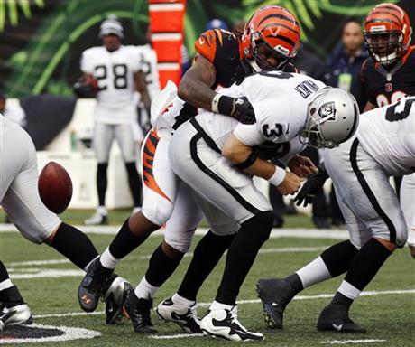 Vontaze Burfict, Carson Palmer