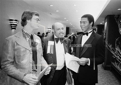 Watchf Associated Press Sports College football Dist. of Col United States APHS220374 Marcus Allen and Jim McMahon 1981