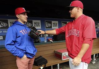 Johnny Manziel, Mike Trout