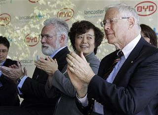 R. Rex Parris, Stella Li, Mike Antonovich