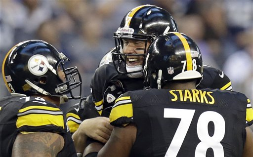 Maurkice Pouncey, Ben Roethlisberger, Max Starks