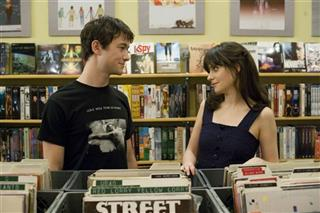 Joseph Gordon-Levitt,  Zooey Deschanel