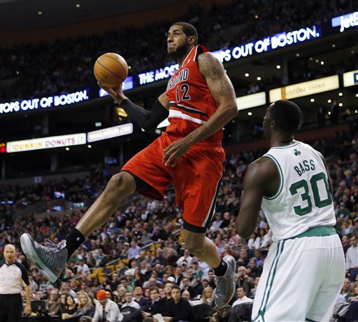 LaMarcus Aldridge, Brandon Bass