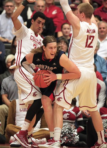 Kelly Olynyk, Dexter Kernich-Drew, Brock Motum