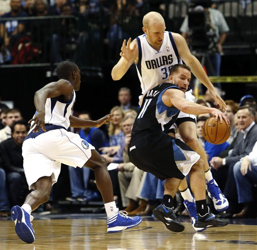 Darren Collison, Chris Kaman, Jose Barea