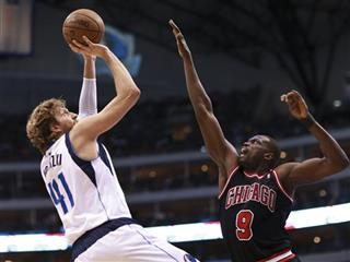 Dirk Nowitzki, Luol Deng