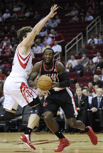 Omer Asik, J.J. Hickson