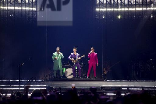 Jonas Brothers in Concert - Washington, D.C.