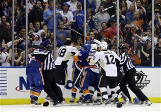 Penguins Islanders Hockey