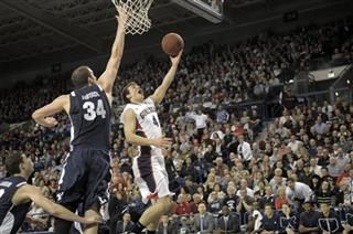 Noah Hartsock, Kevin Pangos
