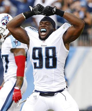 Titans Pass Rushers Football