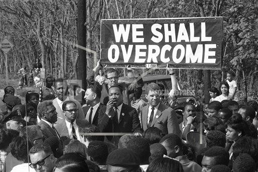 Watchf AP A  NY USA APHS346112 Dr. Martin Luther King   Speaking  Banner