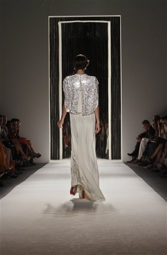 APTOPIX Jenny Packham Spring 2013