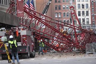 APTOPIX Manhattan Crane Collapse