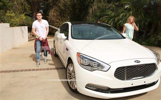 photo of Jesse McCartney KIA - car