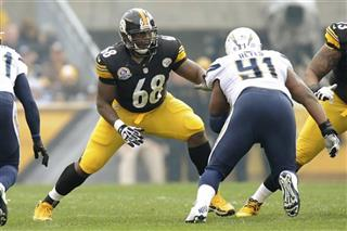 Kelvin Beachum, Kendall Reyes
