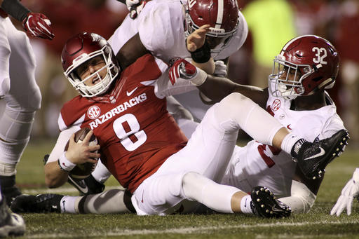 Arkansas in pursuit of its 3rd straight win over Ole Miss