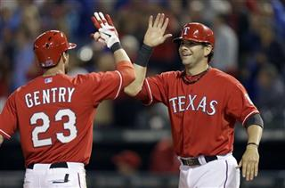 Craig Gentry, Mitch Moreland