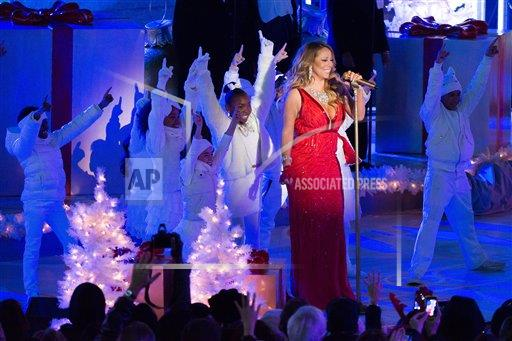 inVision Charles Sykes/Invision/AP a ENT NY USA INVW 2014 Rockefeller Center Christmas Tree Lighting Ceremony