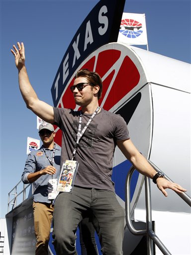 ... auto race at Texas Motor Speedway, Sunday, Nov. 4, 2012, in Fort Worth
