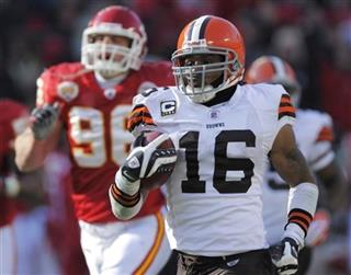 Browns Cribbs Retires Football