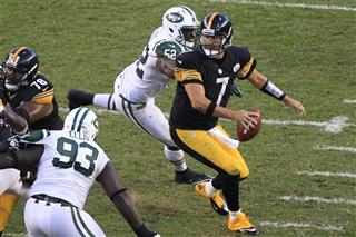  Ben Roethlisberger,  Kenrick Ellis,  David Harris