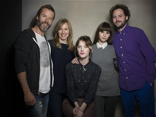 Guy Pearce, Amy Ryan, Mackenzie Davis, Felicity Jones, Drake Doremus