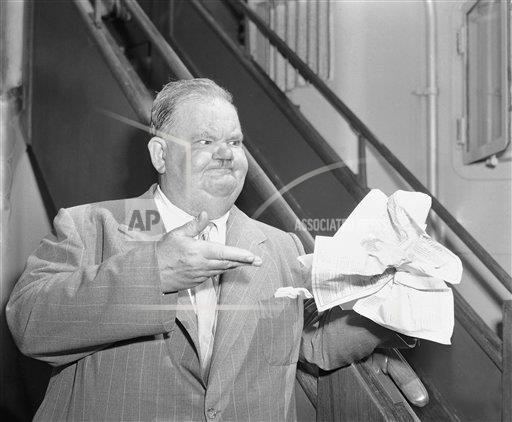 Watchf AP A ENT NY USA APHS428717 Oliver Hardy