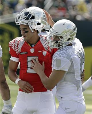 Marcus Mariota, Dustin Haines