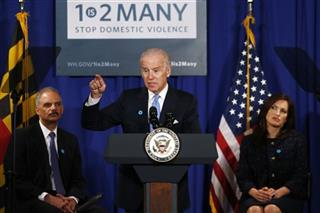 Joe Biden, Eric Holder, Mariska Hargitay