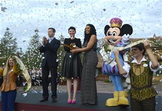 Tom Staggs, Ginnifer Goodwin, Jordin Sparks, Mickey Mouse