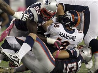 Peyton Manning, Rob Ninkovich, Chandler Jones
