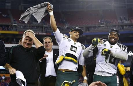 Chip Kelly, Marcus Mariota, Michael Clay