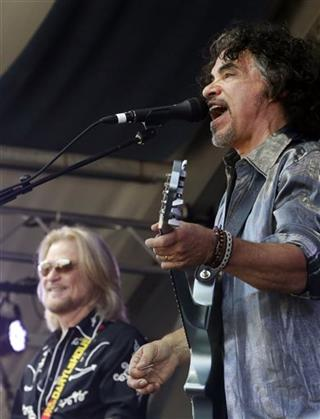 Daryl Hall, John Oates