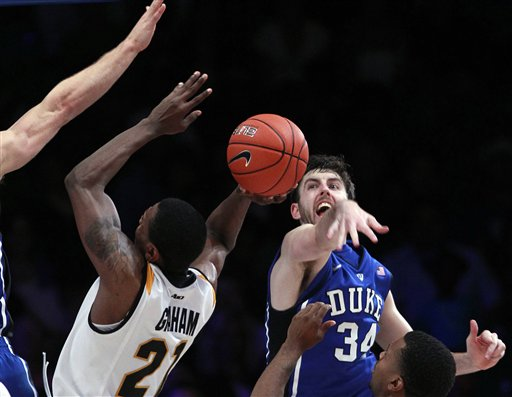 ryan Kelly, Teveon Graham
