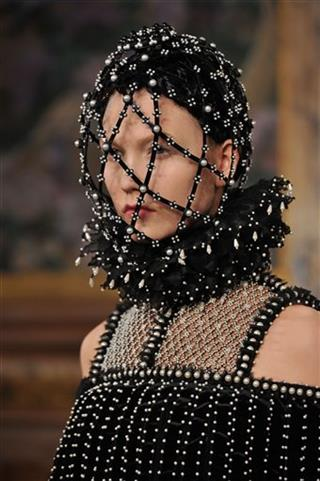 Paris Fashion McQueen