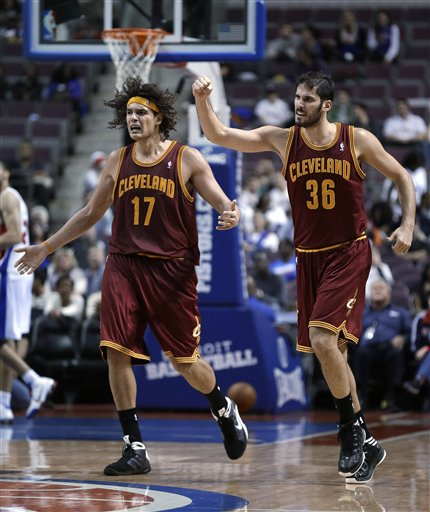 Omri Casspi, Anderson Varejao