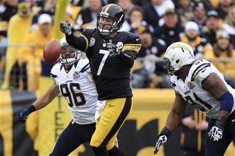 Ben Roethlisberger, Jarret Johnson, Kendall Reyes
