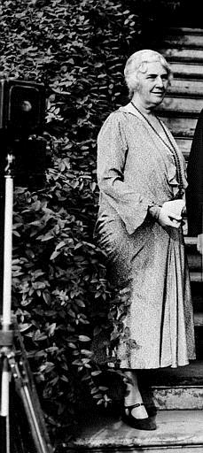 Associated Press Domestic News United States FIRST LADY HOOVER