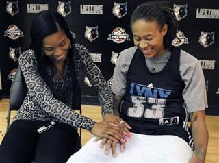 Seimone Augustus, LaTaya Varner