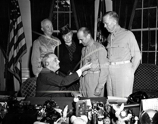 Associated Press Domestic News Dist. of Columbia United States WWII PRES. ROOSEVELT DOOLITTLE