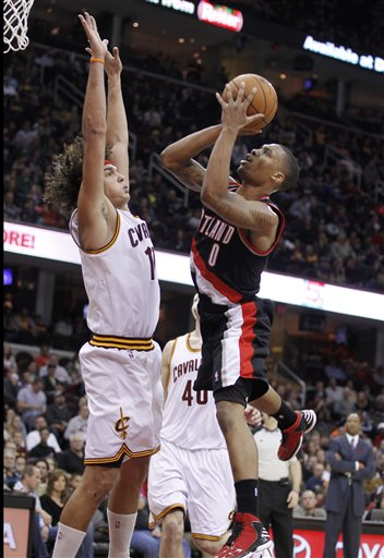 Damian Lillard, Anderson Varejao