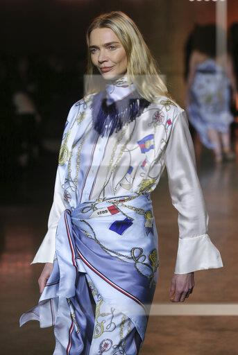 Tommy Hilfiger Catwalk - London Fashion Week February 2020